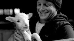 _55232978_tk_with_lamb